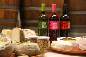 Tast Formatges, vins i ametles Galmes i Ribot. Abril 2013018